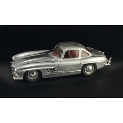 1/16 KIT MERCEDES 300 SL GULL WING - Italeri 3612